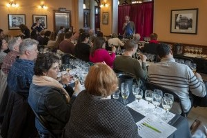 Masterclass Seminar: Discovering a New Frontier - Petit Manseng & Virginia's Role in Defining the Varietal's Potential